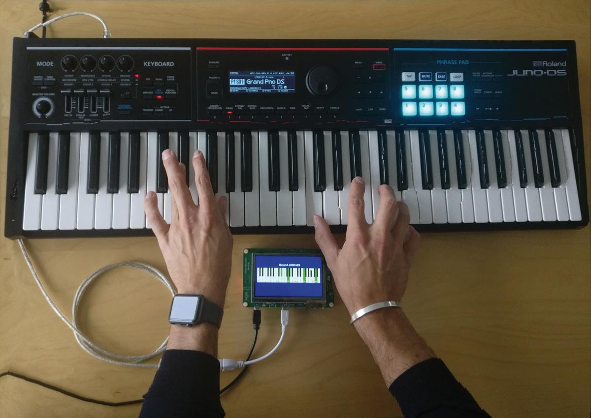 Display Keyboard in use 02